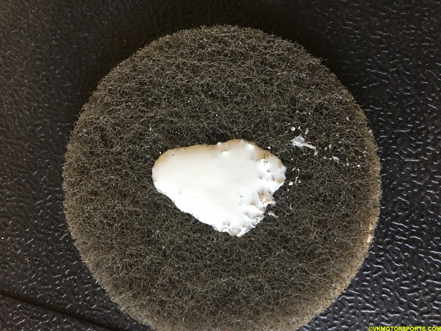 Scrub-pad with cleaning solution